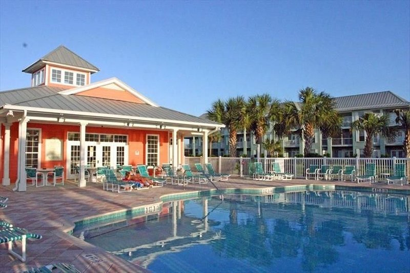 Spacious & Updated - Flexible Dates & Rates!, holiday rental in Saint Augustine Beach