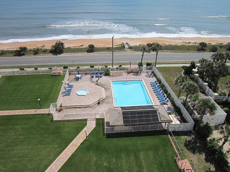 Oceanfront Penthouse Overlooking Flagler Beach, alquiler de vacaciones en Flagler Beach