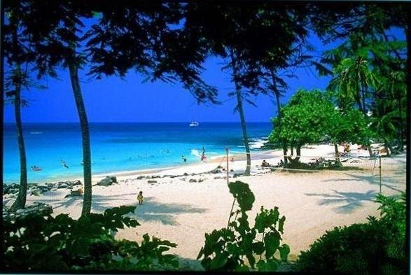 Oceanfront Luxury Condo Closest to Beach, location de vacances à Kalaoa