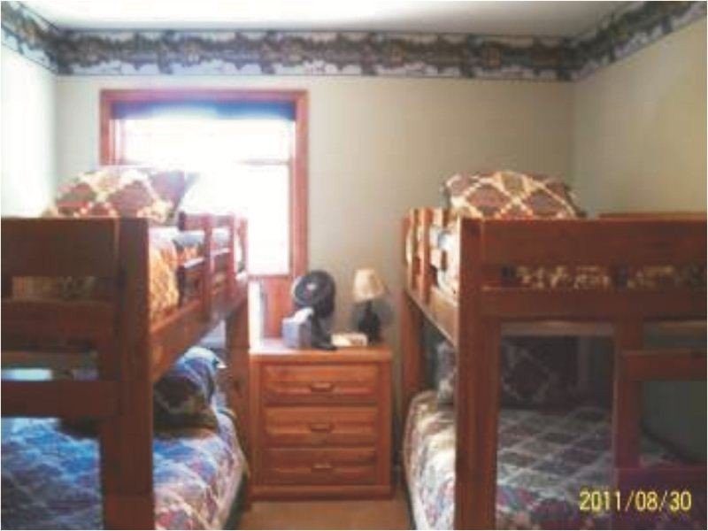 More bedrooms with bunk beds.  Everyone will get a good night sleep. Good night