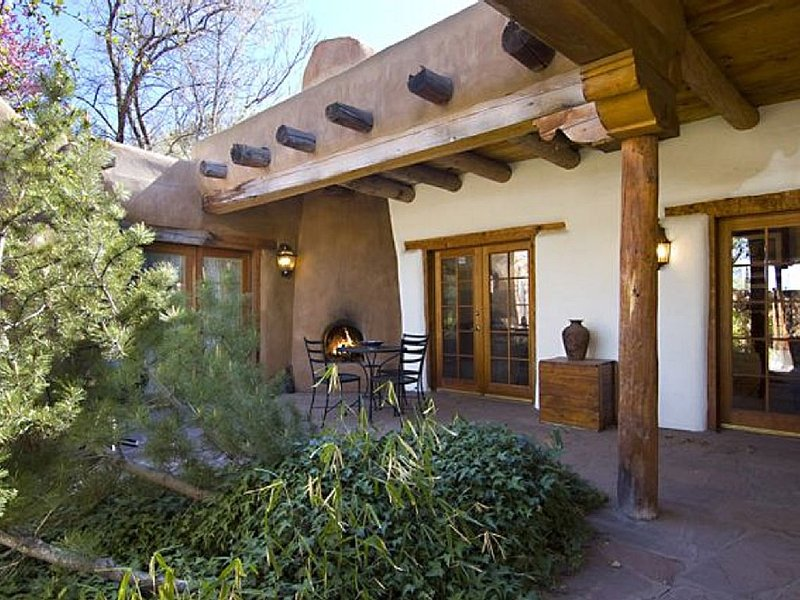 Historic Downtown Home Located 3 blocks from the Plaza, alquiler de vacaciones en Sierra County