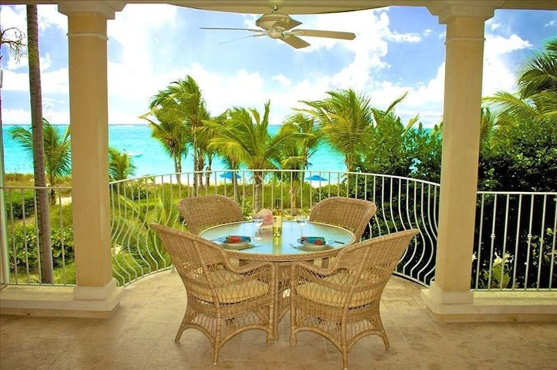 Magical Oceanfront Holiday at best location on Grace Bay Beach - 1 or 2 Bedroom, holiday rental in Providenciales