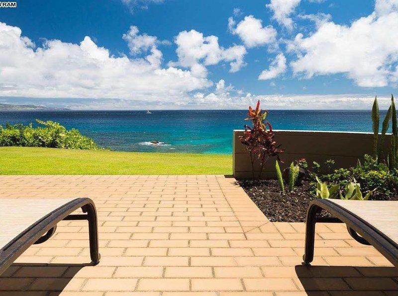 Kapalua Bay Villa Gold Breathtaking Ocean Views! Direct Beach Front Location!, vacation rental in Kapalua