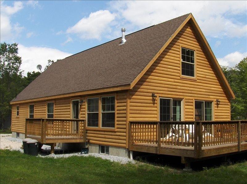 Newly Built Killington Vermont Ski House, alquiler de vacaciones en Pittsfield