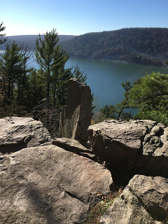 Devil's Lake State Park-1,5 mile away from our Cabin.