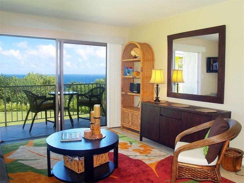 Beautiful Ocean View Alii Kai Condo, vacation rental in Princeville