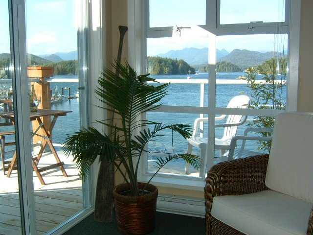 The Anchorage- The Perfect Waterfront Suite!!!, aluguéis de temporada em Tofino