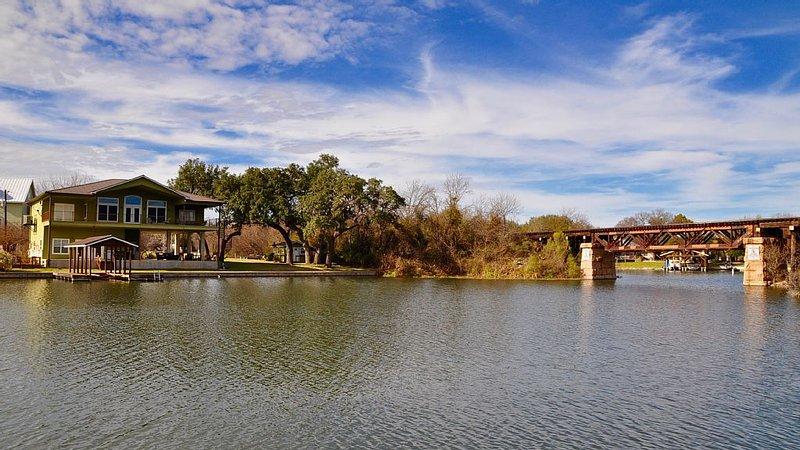Quiet no-wake cove with quick access to Colorado arm of Lake LBJ under bridge