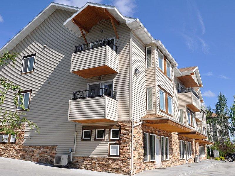 Luxury Condo Living and or business suite, aluguéis de temporada em Billings