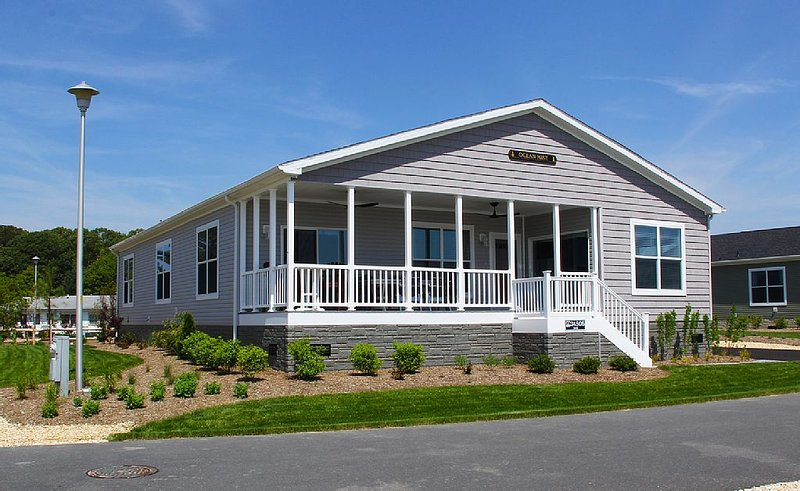 Beautiful home, family fun - waterfront, private beach, pools, pet friendly!, vacation rental in Millsboro