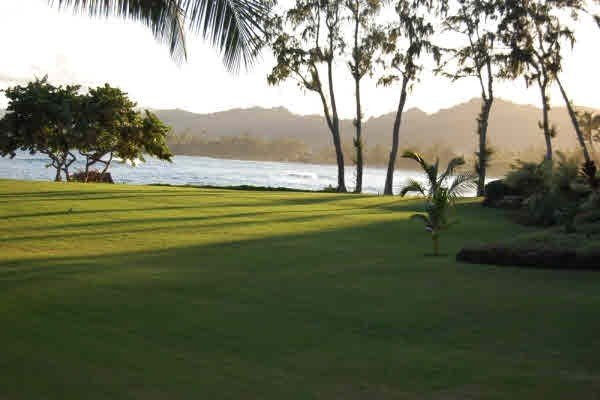 New! Introductory Special! Just Renovated! Oceanfront Lae Nani, vacation rental in Kapaa