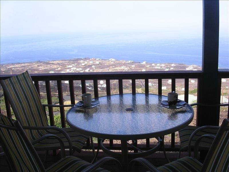 Incredible Views!!!, holiday rental in Milolii