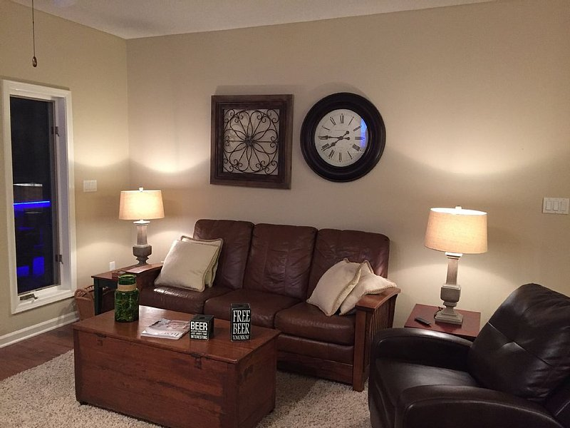 Affordable Rental Condo (2 BR) - Mountain Harbor Resort, holiday rental in Pencil Bluff