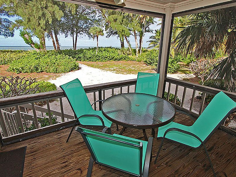 Captiva Island, FL Beach Cottage  - South Seas Island Resort - Beachfront Home, alquiler de vacaciones en isla de Captiva
