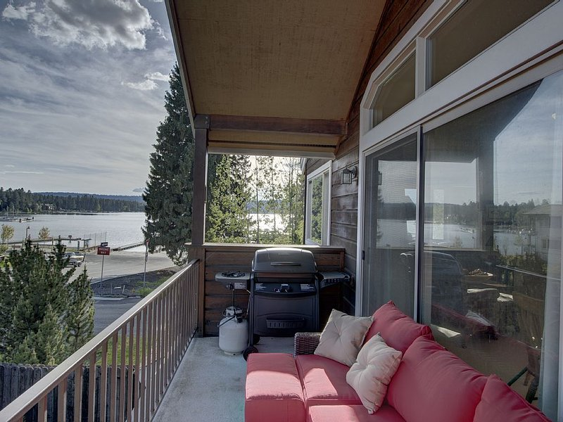 Steps from the heart of downtown McCall!, holiday rental in McCall