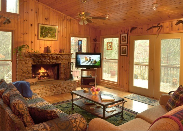Exceptional Cabin in a Breath-taking Setting, holiday rental in Dahlonega