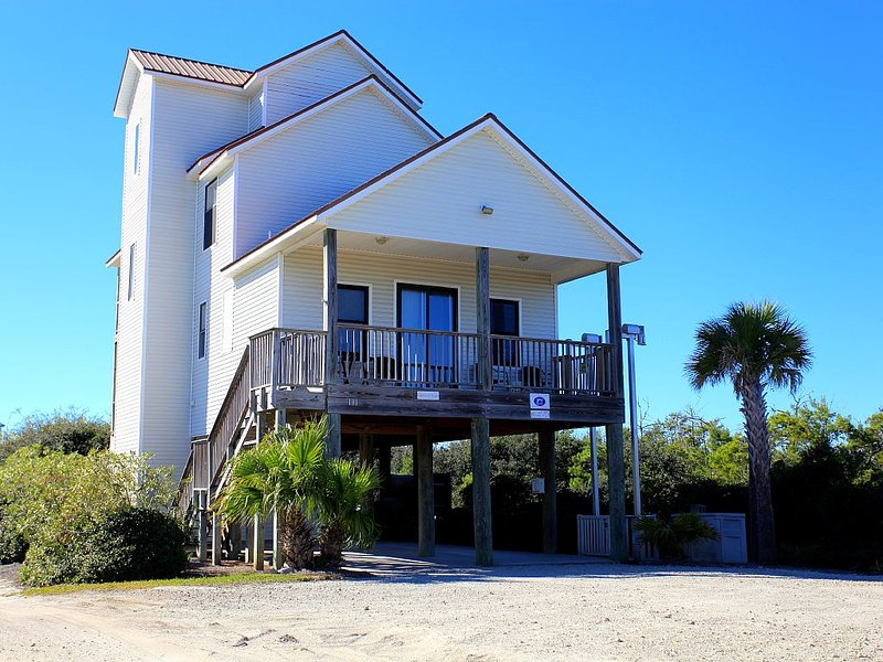 Adventures in Paradise - Private pool, gated doggy area, gas grill and more!, alquiler de vacaciones en Cape San Blas
