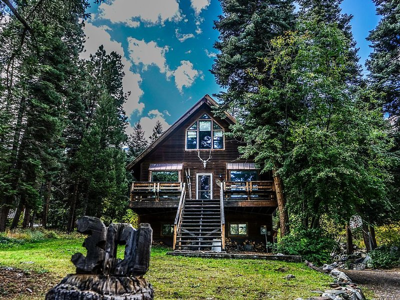 Hill House - Mountain Retreat in the Pines, holiday rental in Ouray