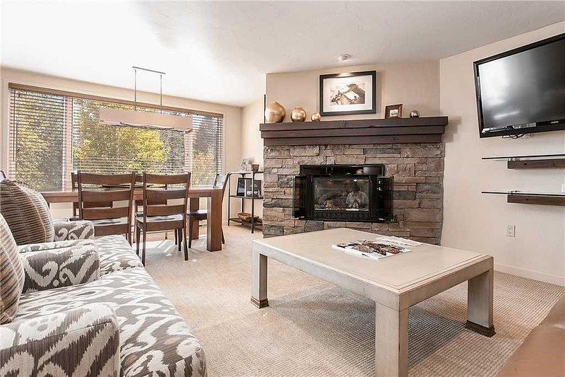 Click to Save 25% on 2BD, 2BA Terracehouse condo in Snowmass, location de vacances à Snowmass Village
