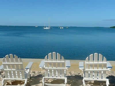 Craig & Cindy Key West 3 Bedroom Waterfront Beachside Resort Condo, vacation rental in Key West