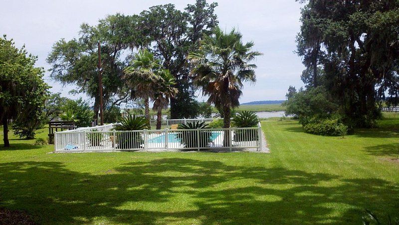 Pine Harbor Paradise, vacation rental in Midway
