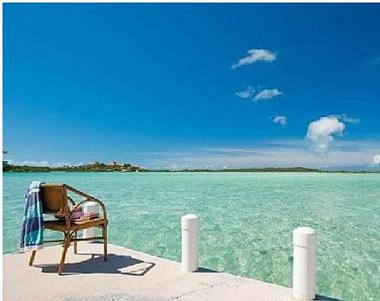 Bonefish Haven Turks & Caicos Oceanfront Villa W/ Pool & Dock, holiday rental in Providenciales