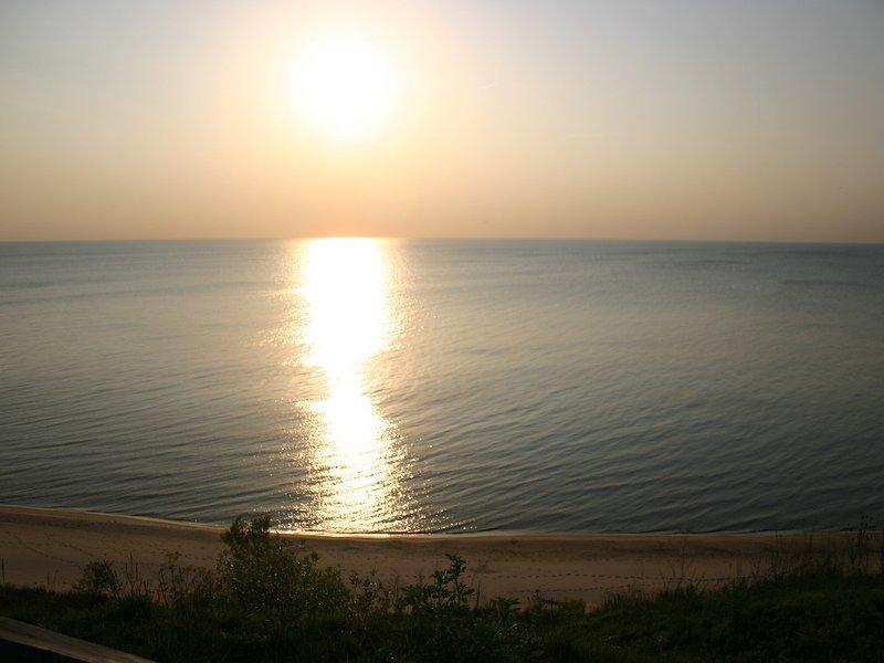 Lake Michigan Condo (St. Joseph Area) in Coloma, Michigan, casa vacanza a Berrien County