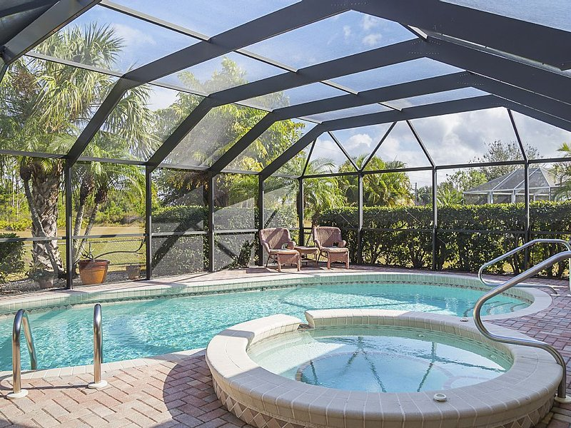 Heated Pool/Spa Home Punta Gorda, Deep Creek, Florida, vacation rental in Punta Gorda