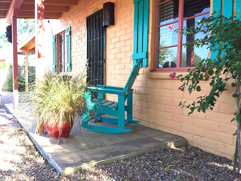 Lovely SouthWestern Fully Remodeled Long or Short Vacation Getaway!, alquiler vacacional en Tucson