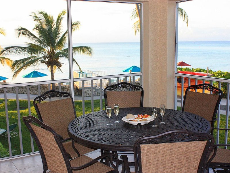 March 25 - April 1!  3 Bedroom Cayman Condo on Seven Mile Beach!, vacation rental in George Town