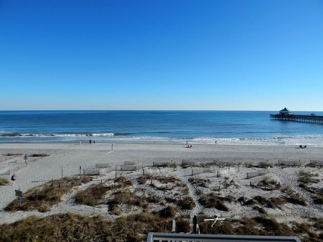 Beautiful Sunrise has Amazing Views, is Clean and Comfortable, alquiler vacacional en Folly Beach