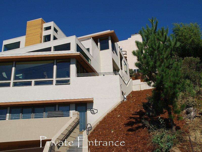 La propriété et l'entrée privée et le pont du logement locatif