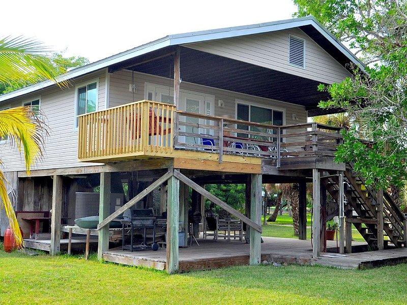 Quaint Cottage On Little Gasparilla Island, location de vacances à Little Gasparilla Island