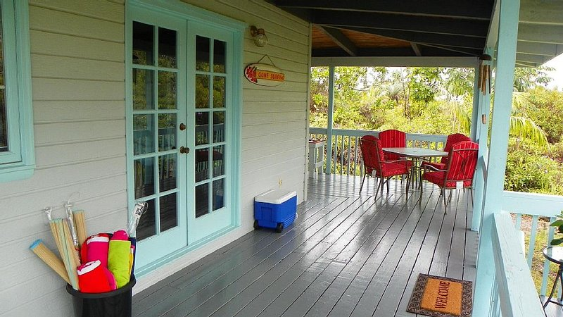 Secluded * Centrally located * 10% Off for Bookings within 5 Days of Arrival!, holiday rental in Keaau