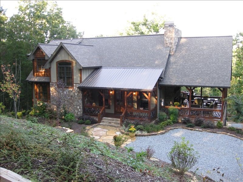 Amazing Grace Luxury Lodge -3 State Mt Views, call for 3+ night discounts, location de vacances à Blue Ridge