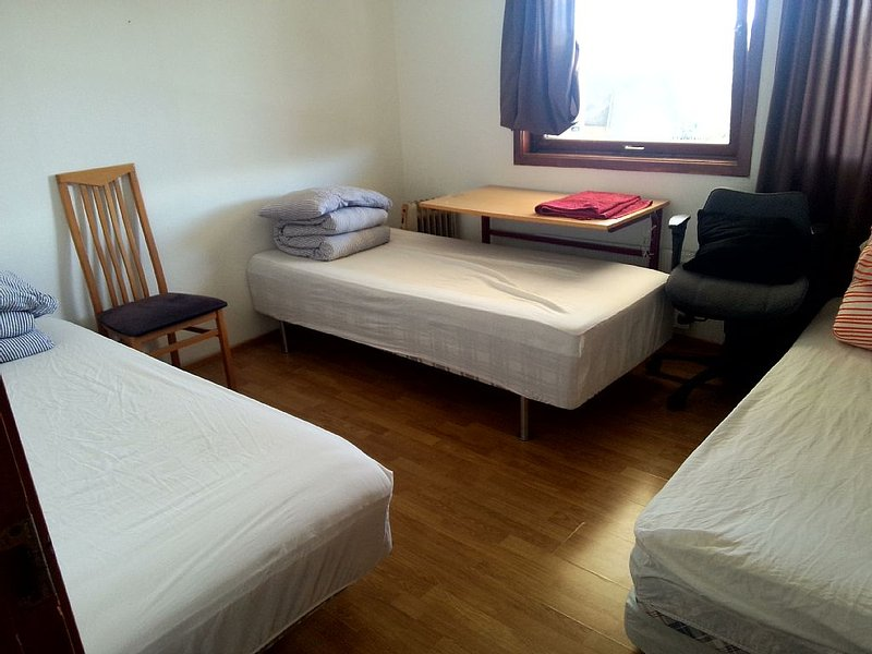 Gardenview Room easy to come from city centrum and airport, holiday rental in Time Municipality