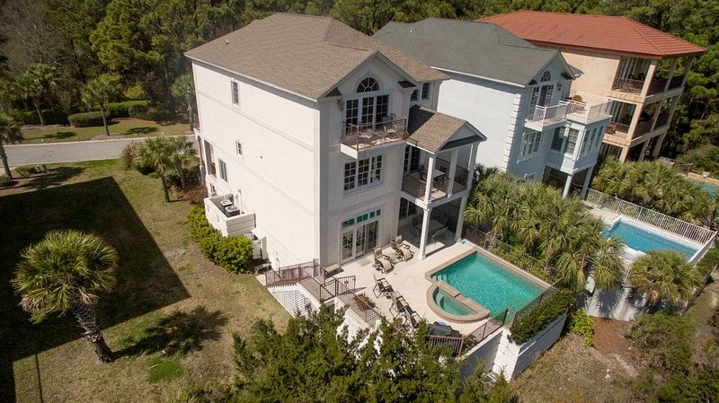 Stunning Oceanview 6BR Home w/Private Pool & Elevator! Ask how to save 15-25%, vakantiewoning in Hilton Head