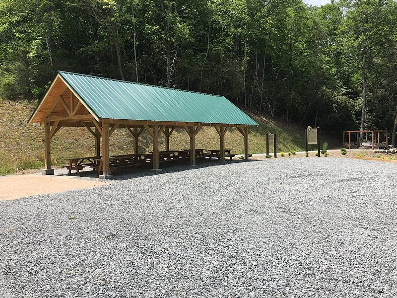 The Pavillion at Sutton Knob: Pond, Firepit & Covered seating.