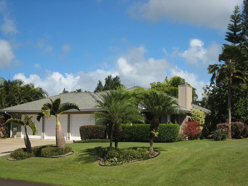 Paradise Awaits* Best Value & Condition* Plantation Home, vacation rental in Princeville