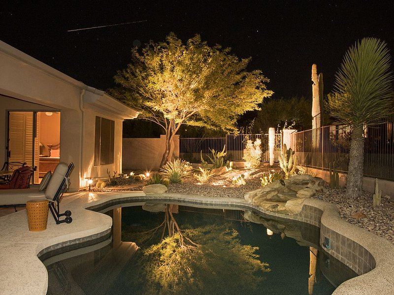 Peaceful Anthem Country Club Vacation Retreat, holiday rental in Anthem