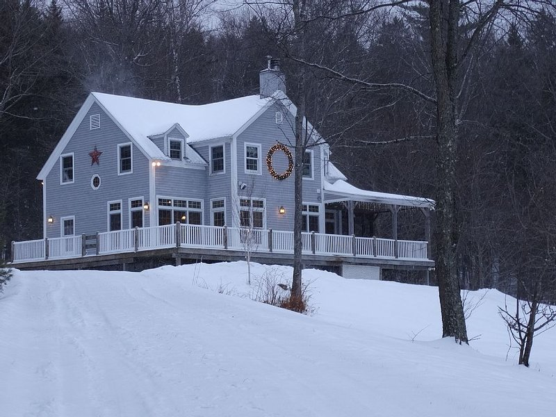 Post and Beam with beautiful Okemo View-Plan a Spring Golf Get Away Weekend, holiday rental in Chester