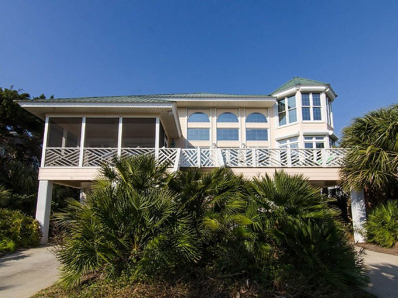 Casa Del Sol - Luxurious Second Row Gem with Easy Beach Access, vacation rental in Edisto Island
