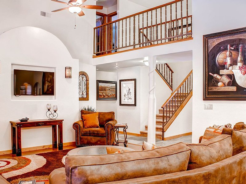 Solitude in Graceful Elegance Surrounded by Vineyards, holiday rental in Creston