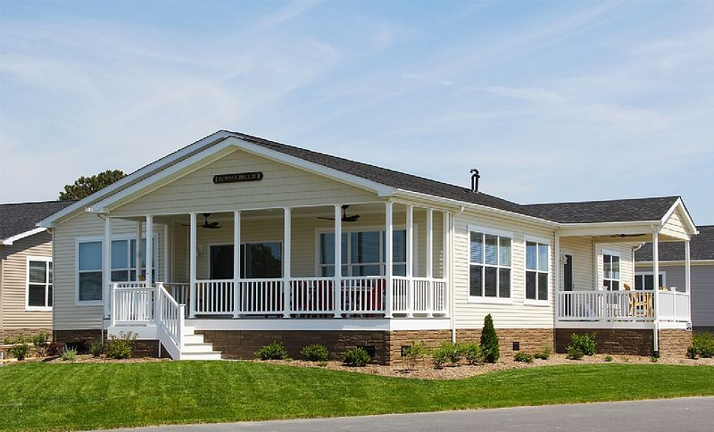 Beautiful waterfront views, large home - pools, beach, pet friendly!, vacation rental in Millsboro