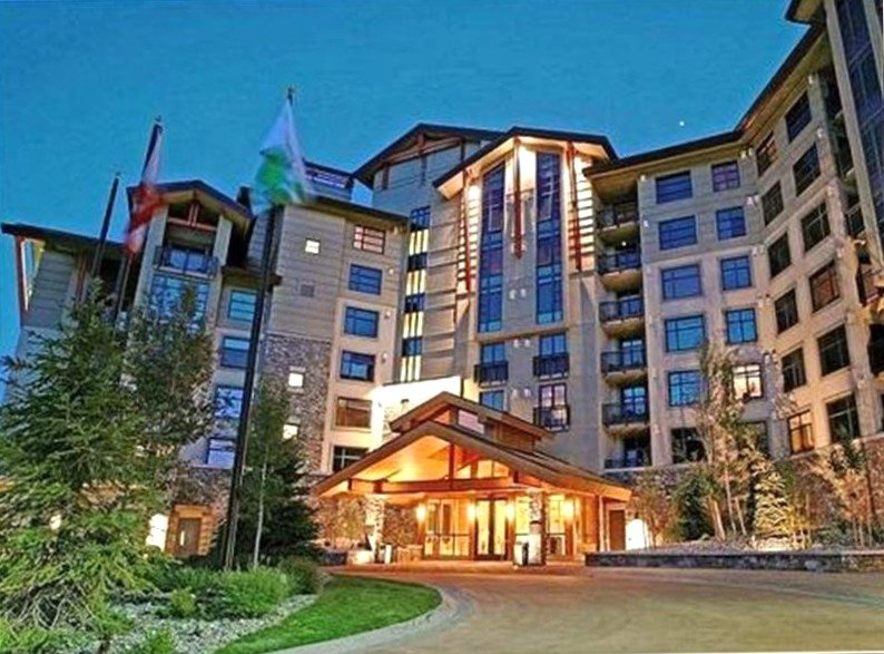 Luxury 2 BR/3 BA TOP of the Grand Sierra Lodge!!!!, holiday rental in Mammoth Lakes