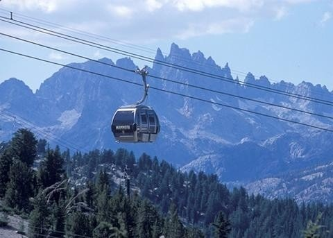 Canyon Lodge Gondola Just Steps from the Grand Sierra Lodge!