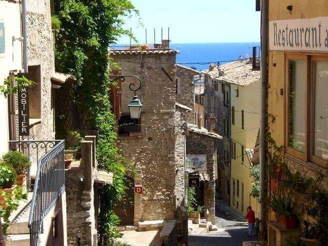 Charming Village House In Medieval Village, Close To Beach And Nice, alquiler de vacaciones en Cagnes-sur-Mer