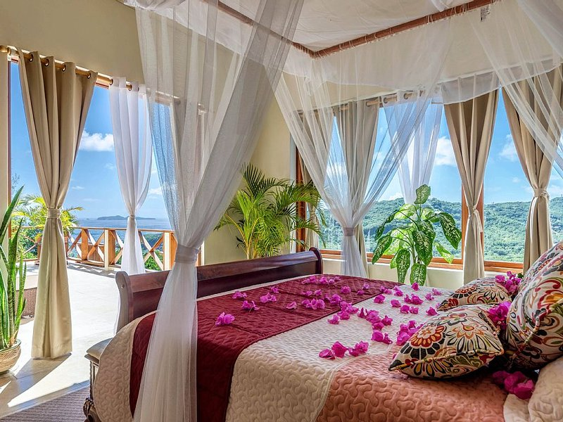 Beautiful and Spacious Luxury Retreat, vakantiewoning in Bequia
