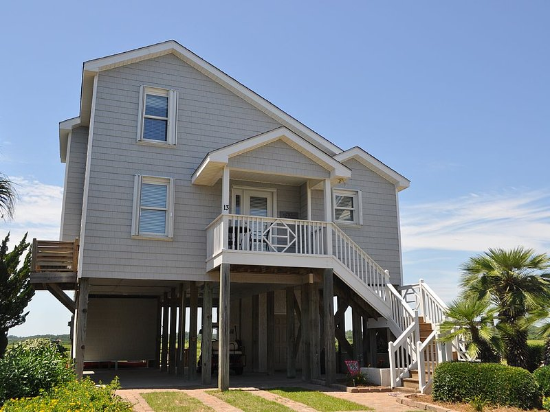 Stunning Island Park Home with Private Dock! Only the Birds have Better Views!, vacation rental in Ocean Isle Beach