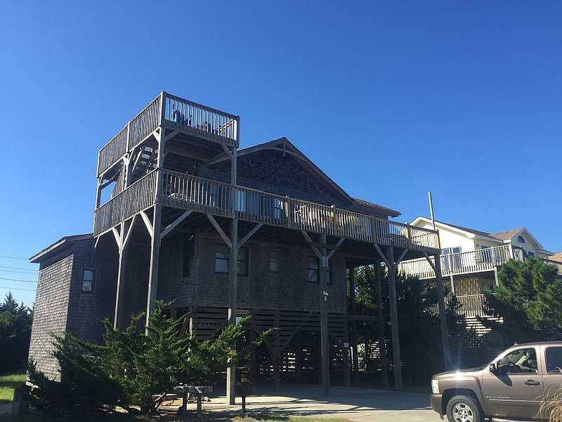 Semi- Ocean Front With Spectacular View!!   Views of Atlantic and Pamlico Sound, holiday rental in Hatteras Island